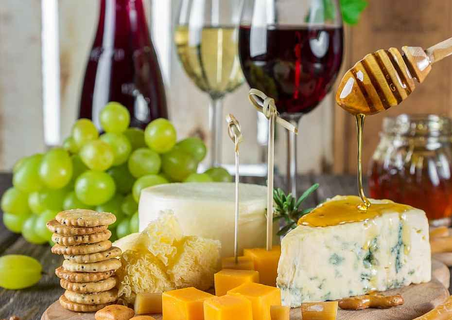 Pairing Crackers And Cheese With Wines