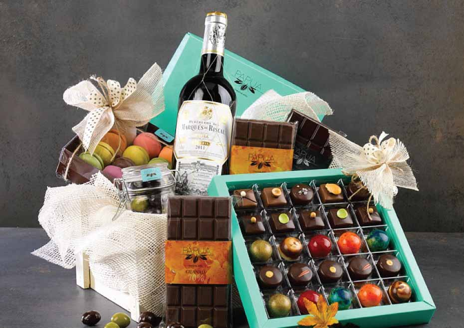 The Art Of Pairing Red Wine With Chocolate For Christmas