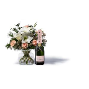Amaryllist Dream With Moet Rose Champagne