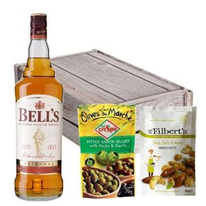 Bells 8 Year Old 70Cl Nibbles Hamper