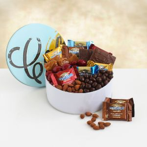 California Snackin Gift Tin