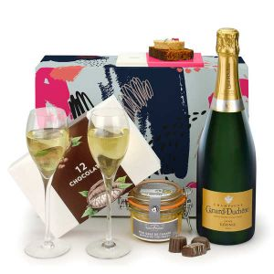 Champagne and Co Gift Box
