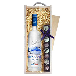 Grey Goose Vodka 70Cl and Truffles Wooden Box